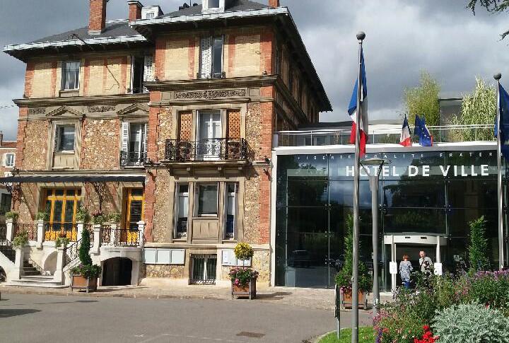 Mairie de Meudon.jpg